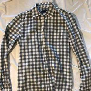 GAP Tops - Grey and White Checkered Button Up